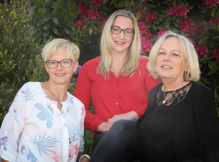 Frau Baumann, Frau Hutzler und Frau Reimer