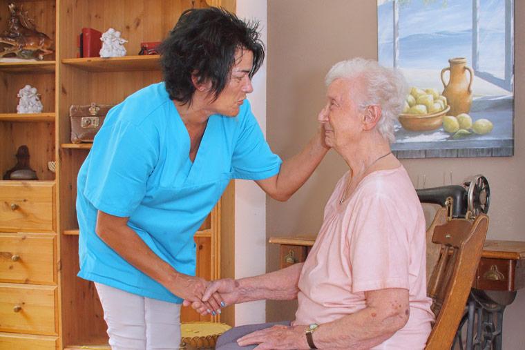 Grundpflege von Pflegebedürftigen